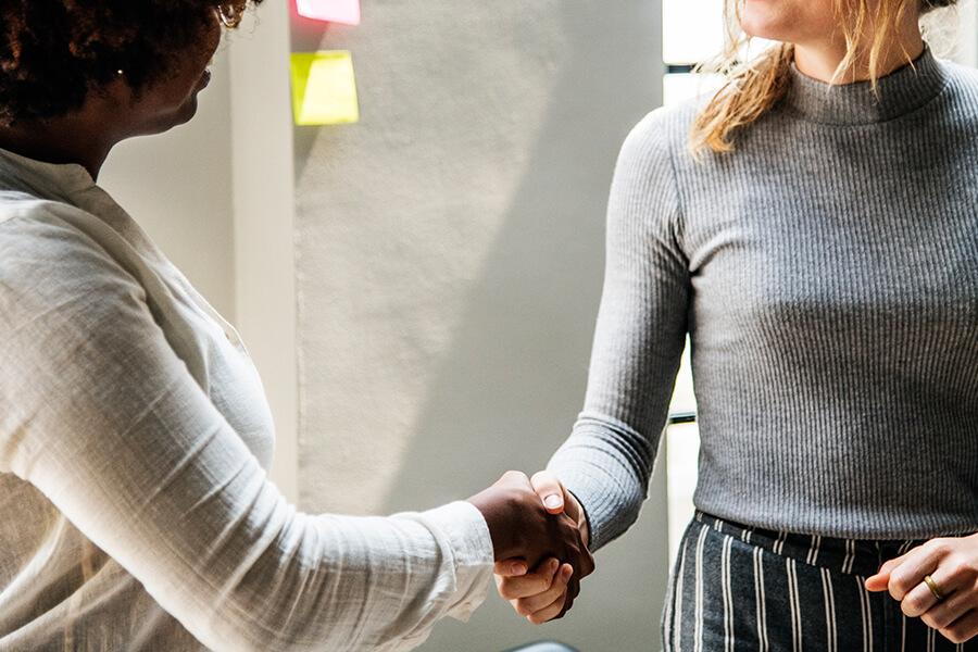 正式に雇用決定 - 外国人を雇用するための手続き・フロー